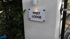 House & Residential Signs